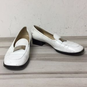 Gucci White Leather Silver Hardware Loafer 7.5